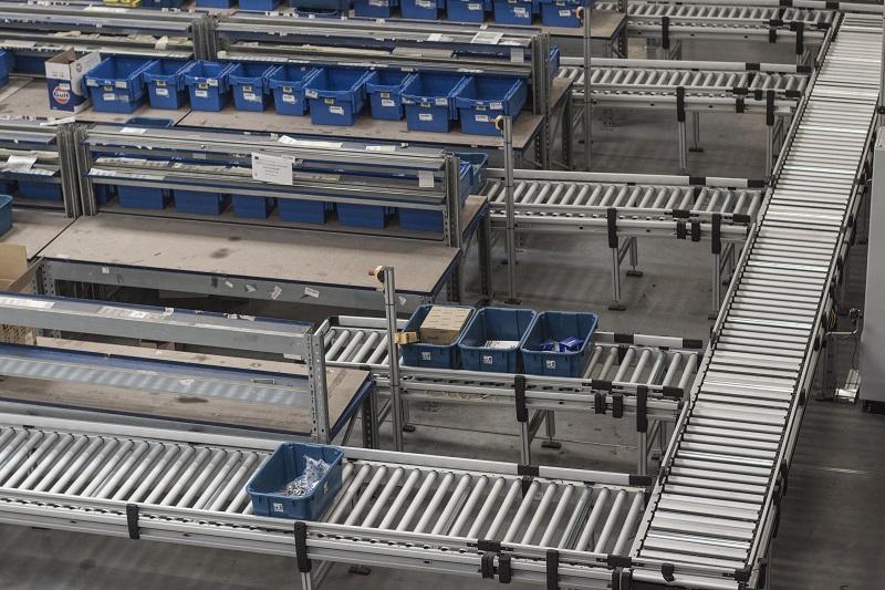dobozos szállítópálya rendszer